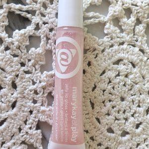 Mary Kay lip gloss